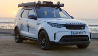 Land Rover Discovery als mobiles Malaria-Labor in Afrika unterwegs